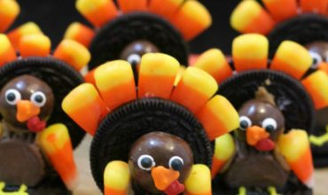 Oreo turkey--Cute Thanksgiving Dessert
