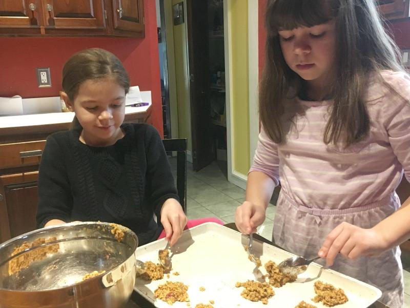 Making Peanut Butter Granola Bites #ad
