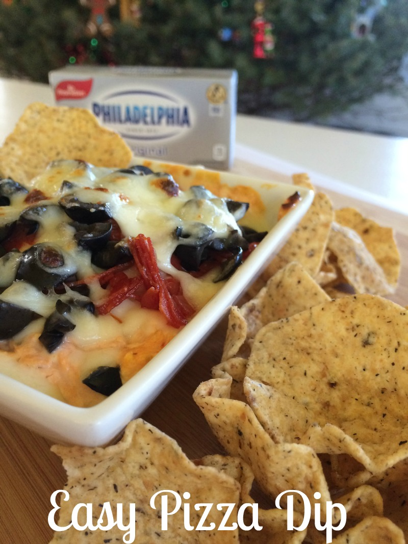 Easy Pizza Dip #ad #NaturallyCheesy